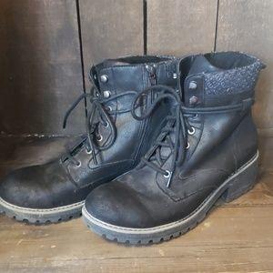 B.O.C boots
